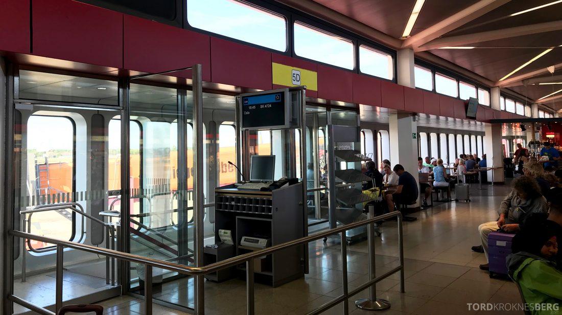 SAS Plus Berlin Oslo gate