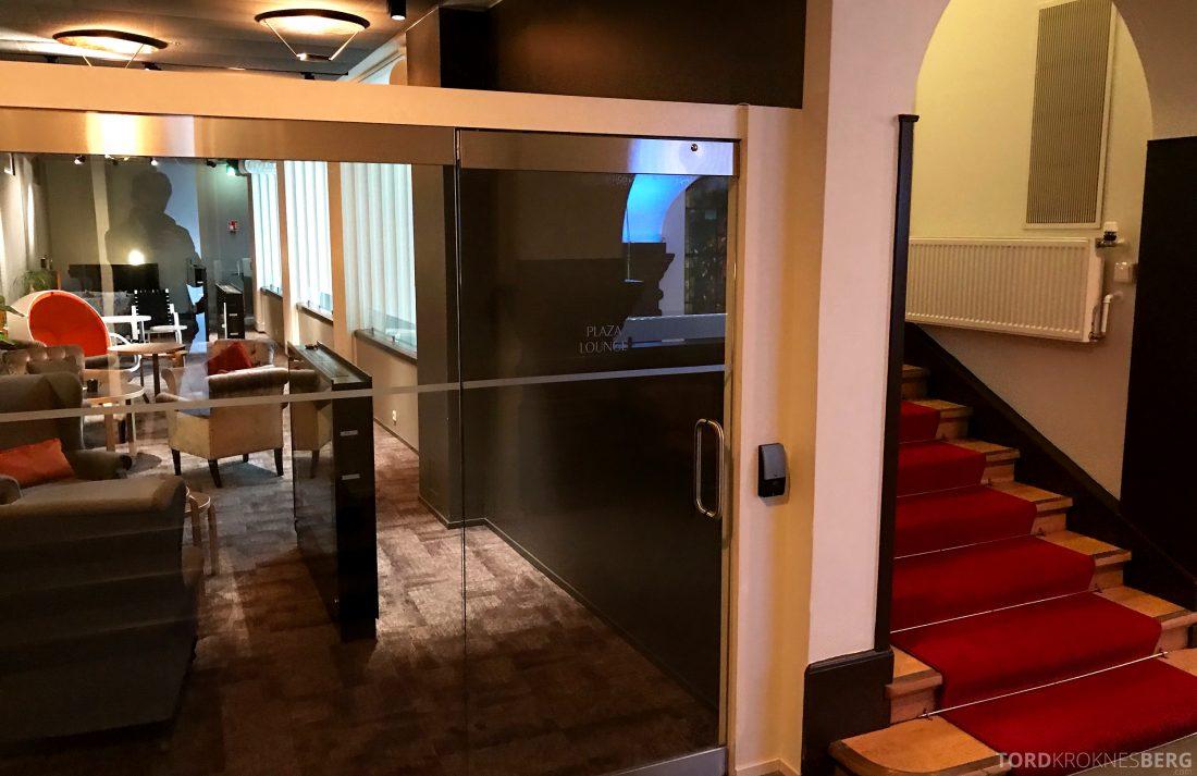 Radisson Blu Plaza Hotel Lounge Helsinki inngang