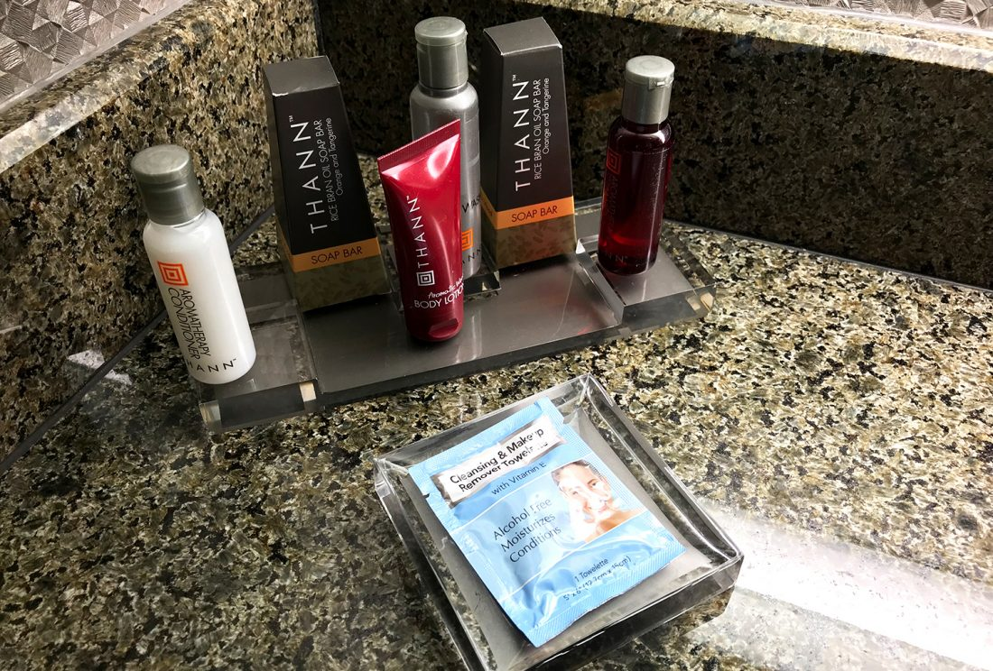 Crystal Gateway Marriott Pentagon Hotel amenities
