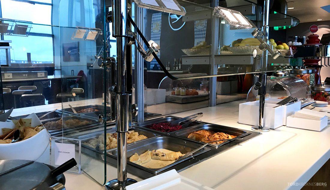 Lufthansa Senator Lounge Washington buffet