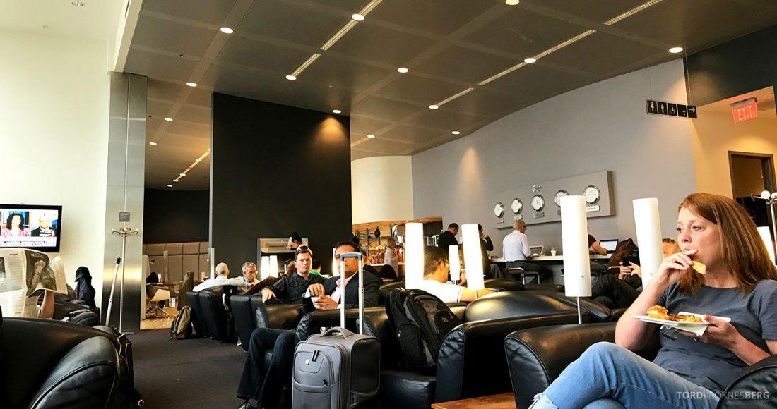 Lufthansa Senator Lounge Washington lokale