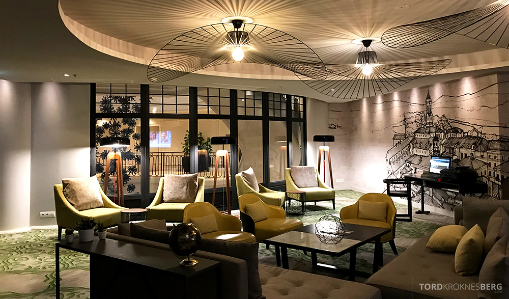 Renaissance La Defense Hotel Paris Club Lounge omgivelser
