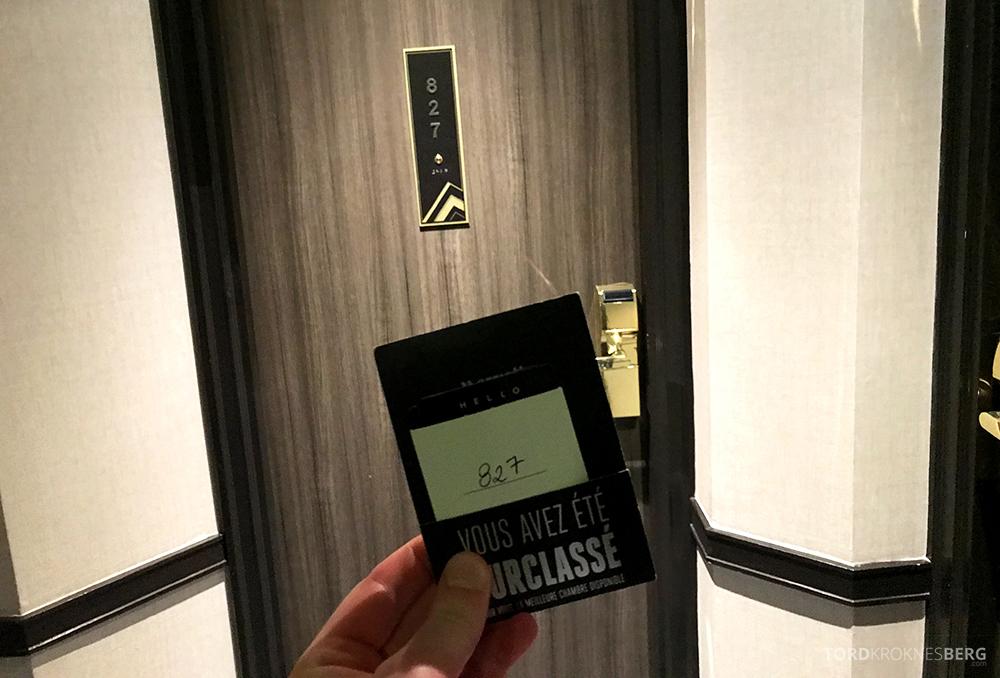 Renaissance La Defense Hotel Paris suite 827