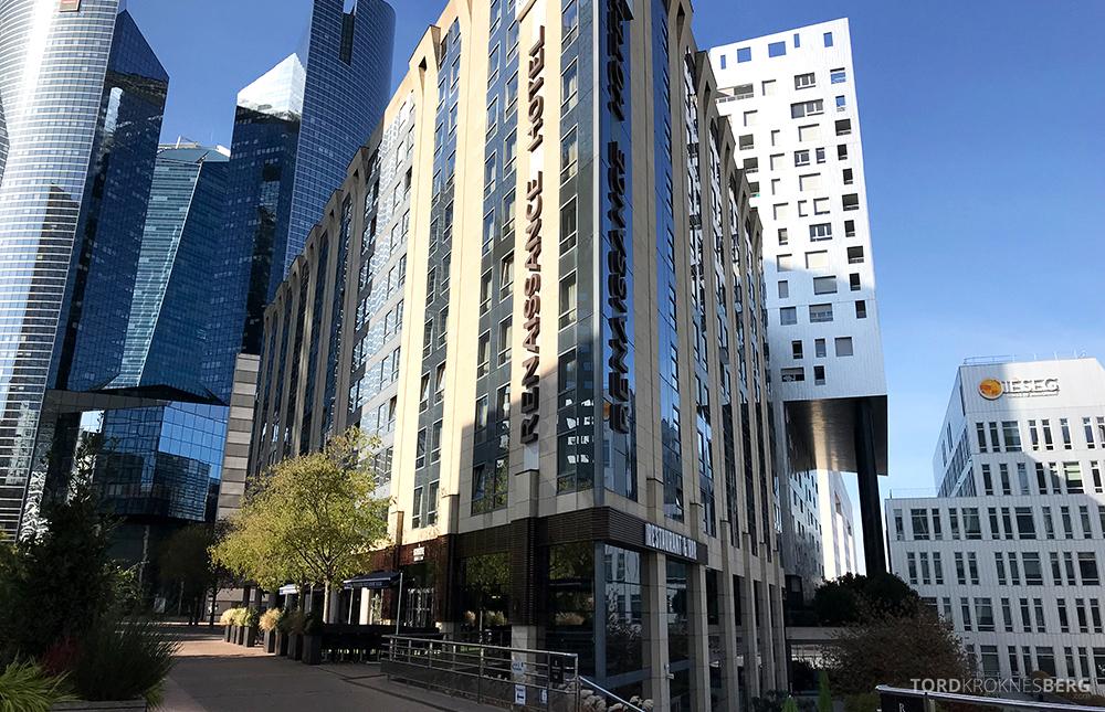 Renaissance La Defense Hotel Paris fasade