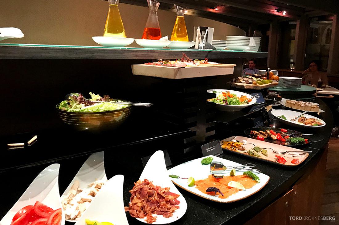 Sheraton Hotel Sopot Club Lounge hors d'oeuvre buffet