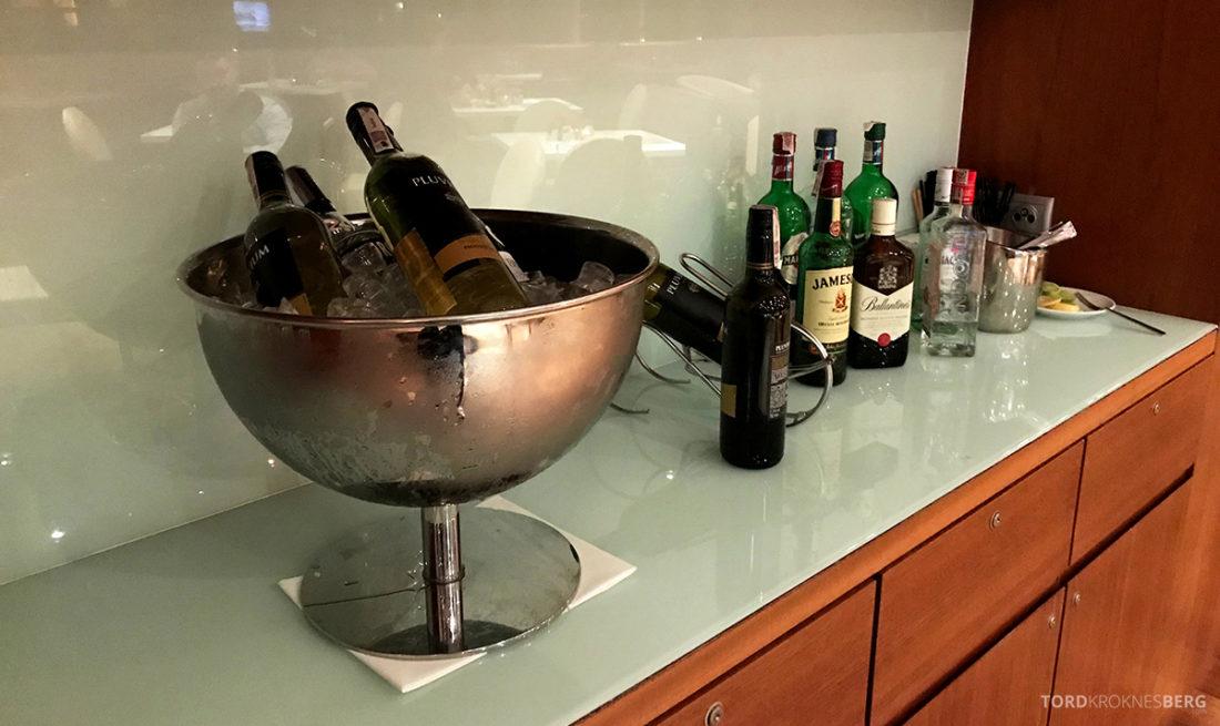 Sheraton Hotel Sopot Club Lounge hors d'oeuvre vin og brennevin