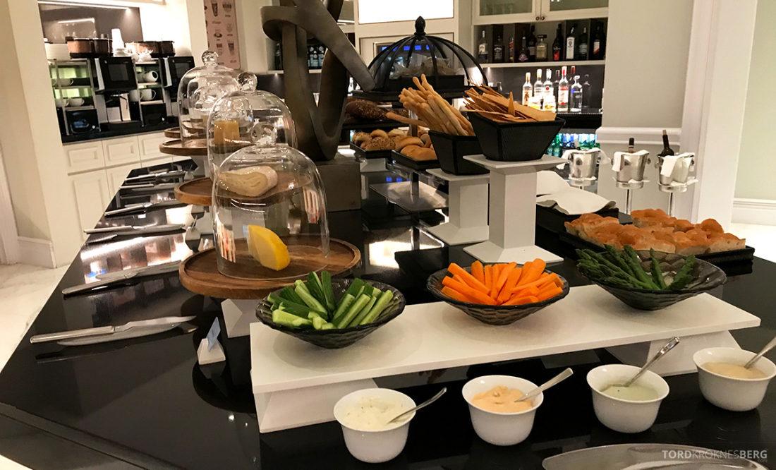 Ritz-Carlton Doha Club Lounge hors d'oeuvre koldtbord