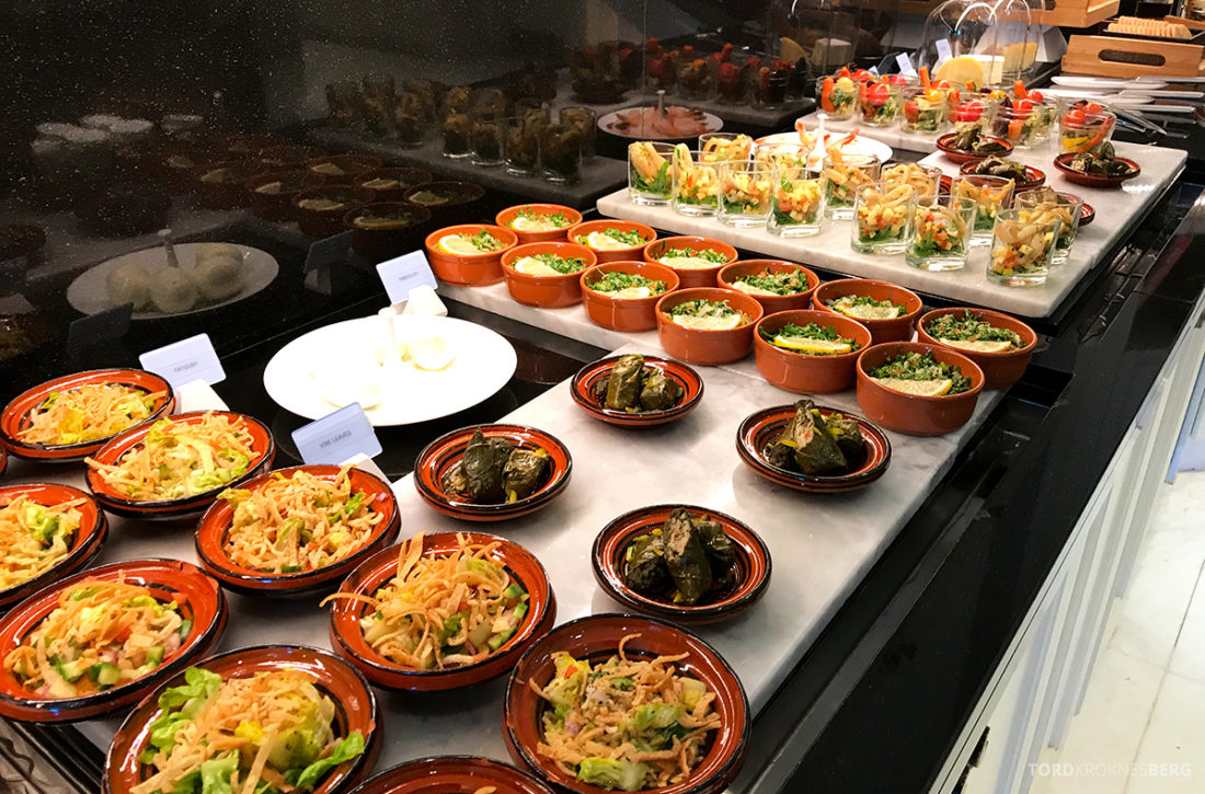 Ritz-Carlton Doha Club Lounge småretter lunch