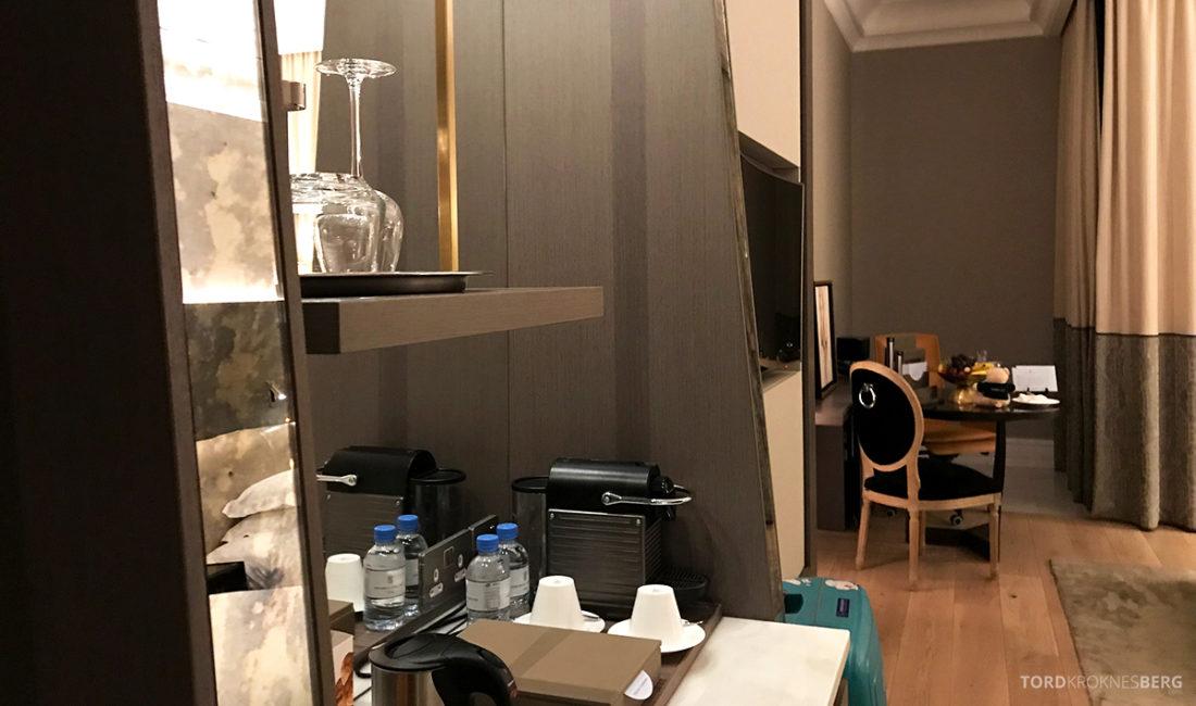 Ritz-Carlton Doha Hotel kaffemaskin