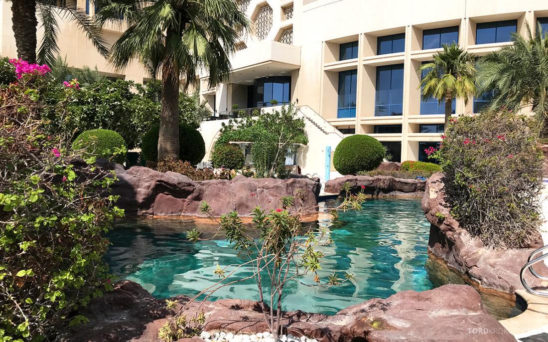 Ritz-Carlton Doha Hotel basseng