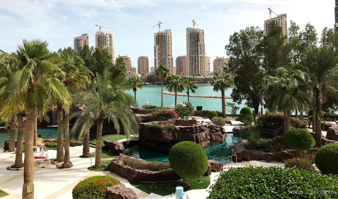 Ritz-Carlton Doha Hotel bassengområde
