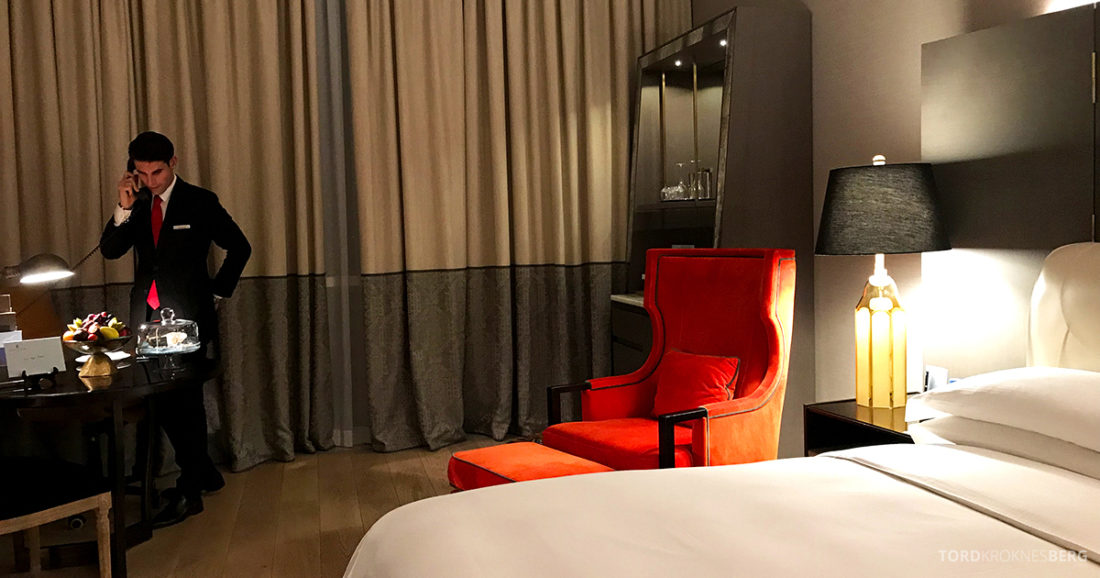 Ritz-Carlton Doha Hotel følge