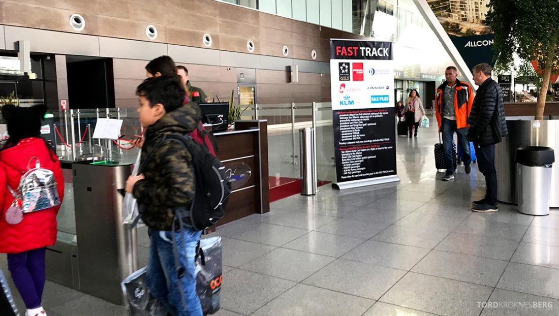 SAS Go Gdansk Oslo fast track