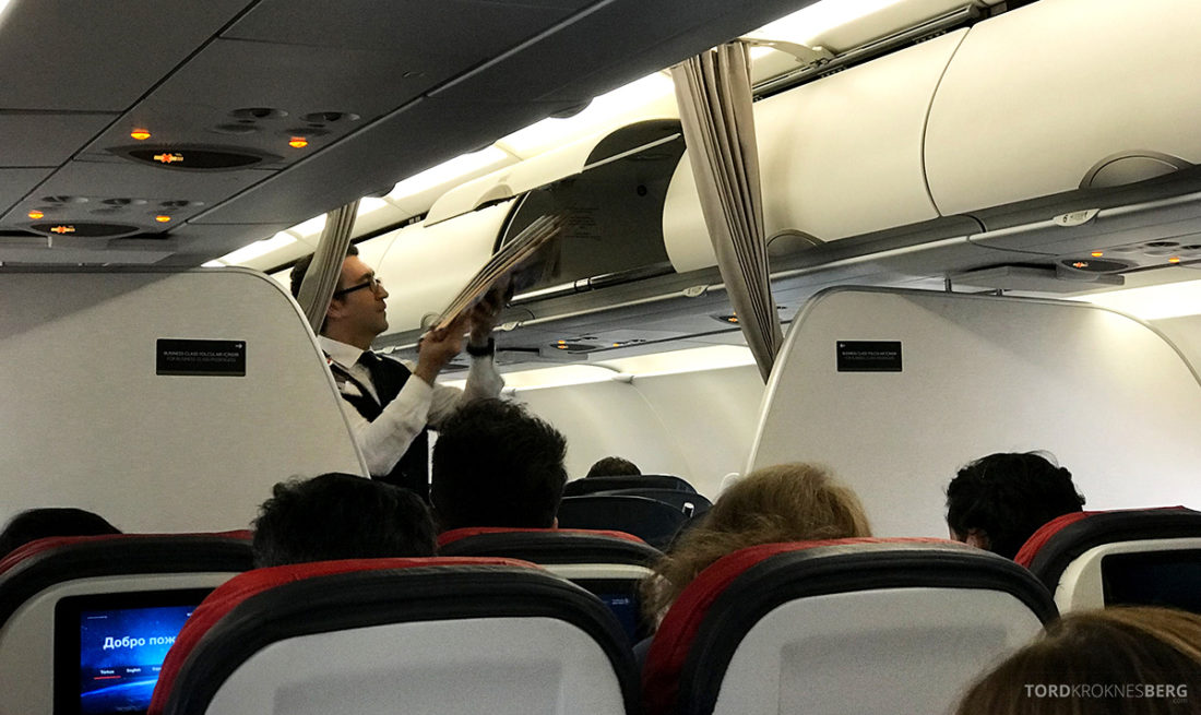 Turkish Airlines Economy Class Oslo Istanbul Doha service business class
