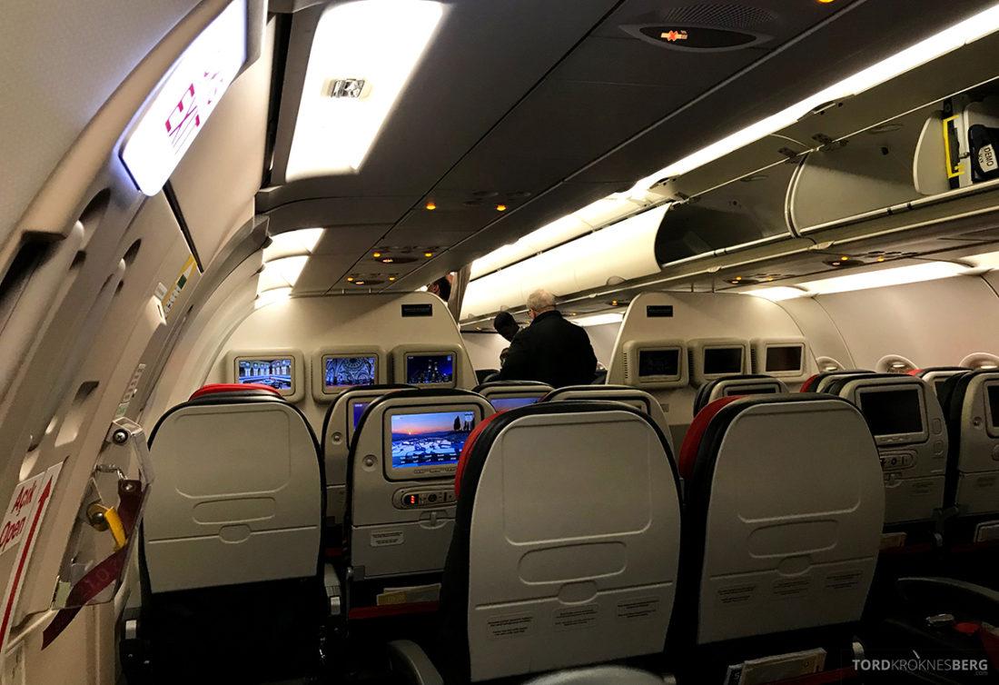 Turkish Airlines Economy Class Oslo Istanbul Doha kabin eldre