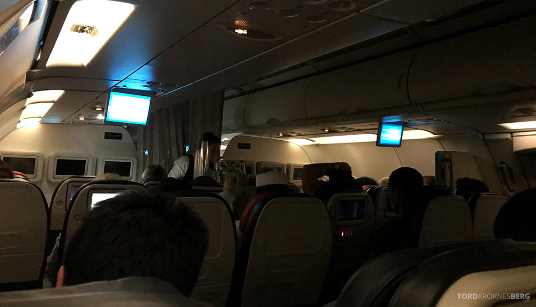 Turkish Airlines Economy Class Oslo Istanbul Doha leggetid