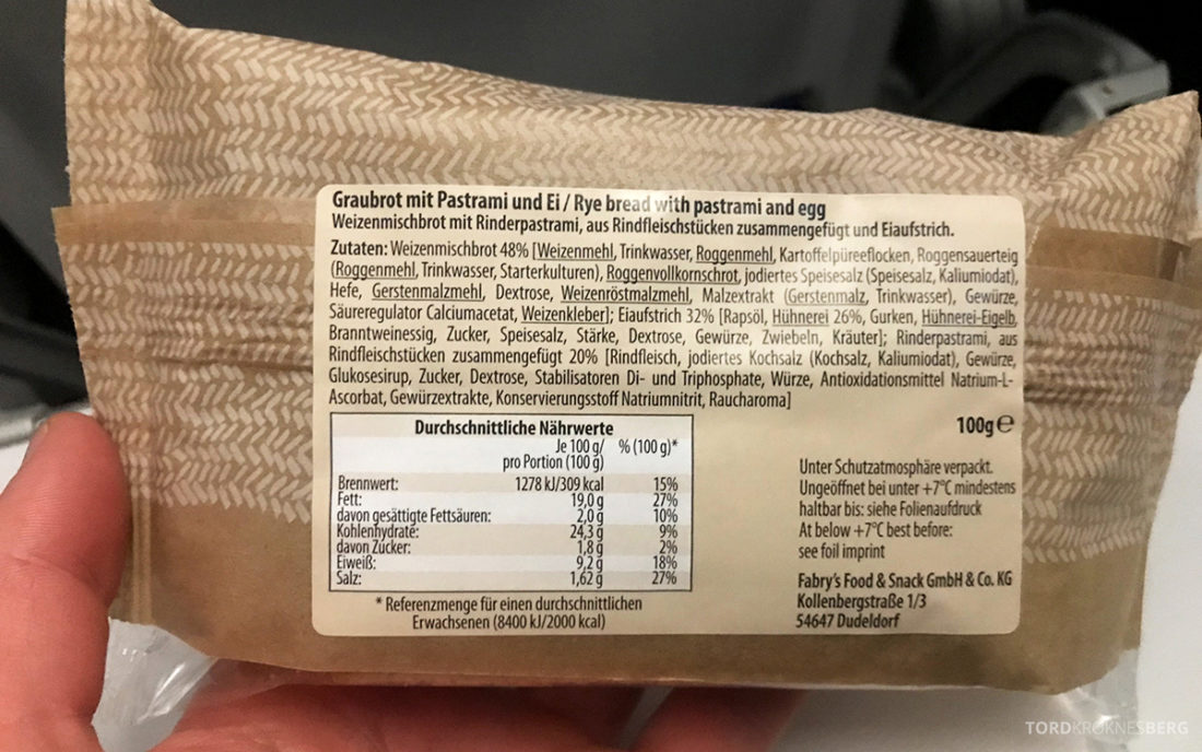 Lufthansa Economy Class Oslo Beograd innhold sandwich