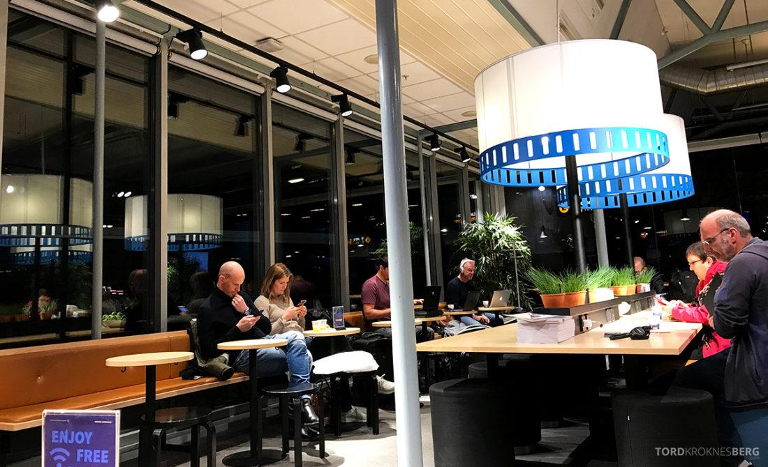 SAS Café Lounge Tromsø folk