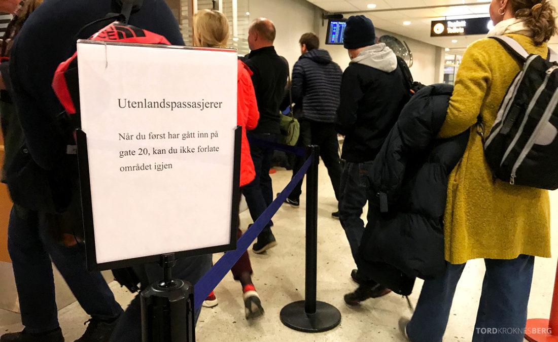 SAS Plus Oslo Svalbard passkontroll