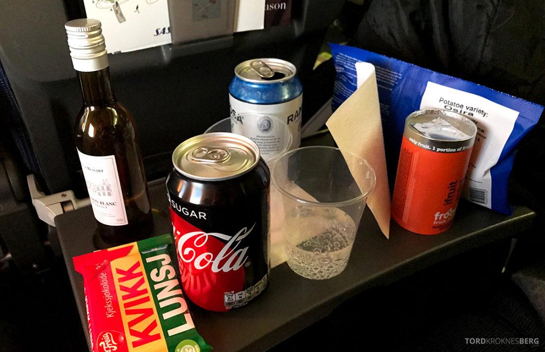 SAS Plus Oslo Svalbard snacks og drikke