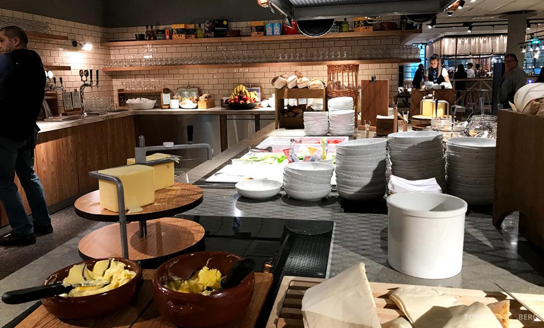 SAS Plus Oslo Svalbard frokost