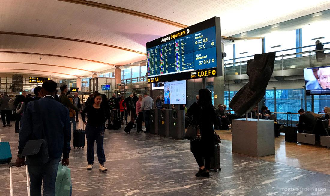 SAS Plus Oslo Svalbard gate