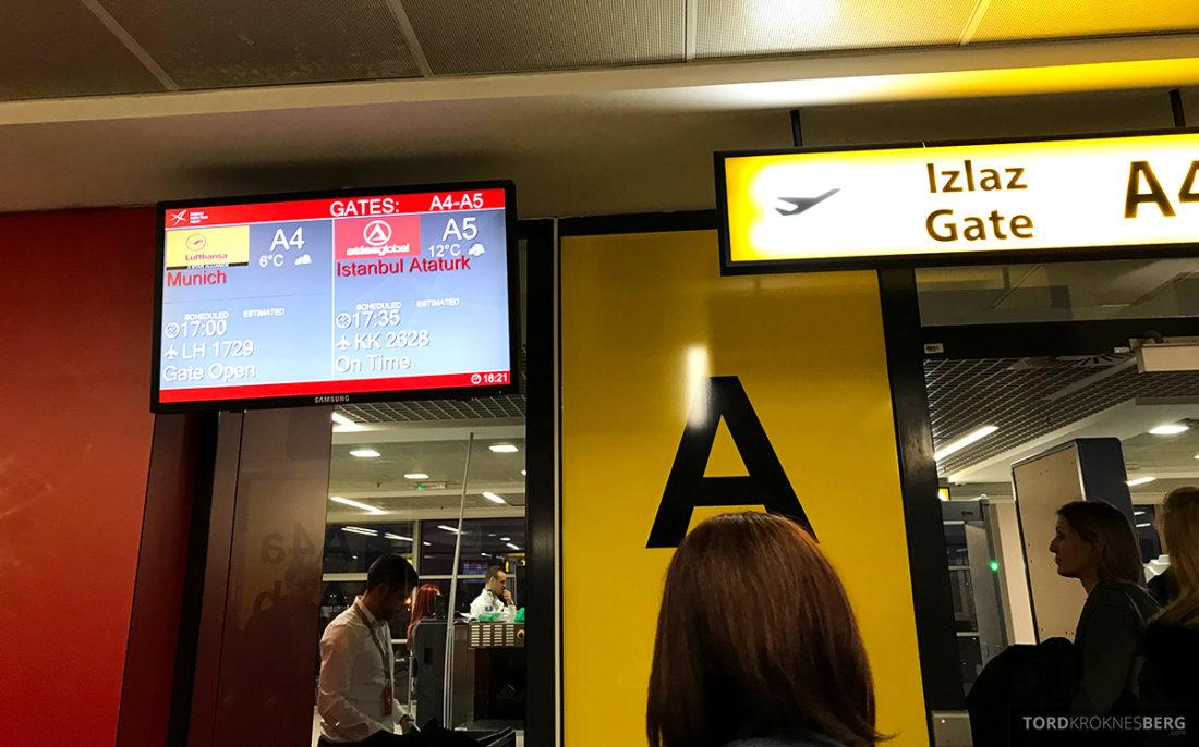 Lufthansa Economy Class Beograd Oslo gate