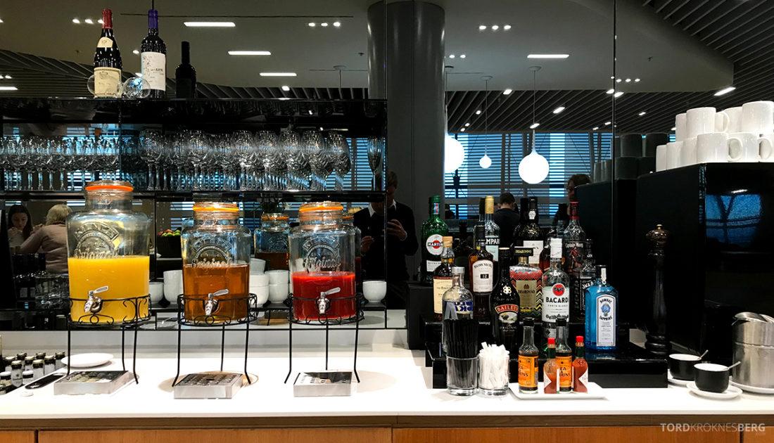 Lufthansa Senator Lounge London Heathrow drikke