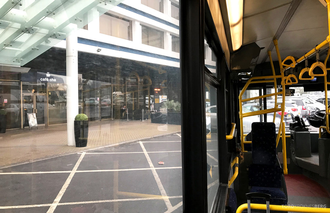 Renaissance Hotel Heathrow London buss