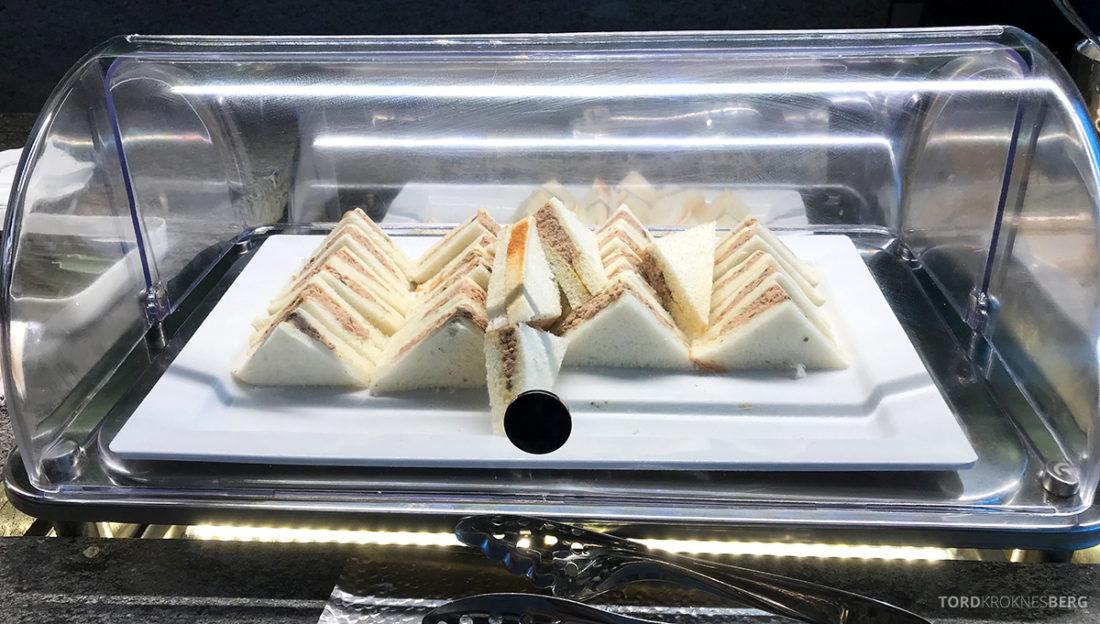 Asiana Business Lounge Seoul påsmurt sandwich