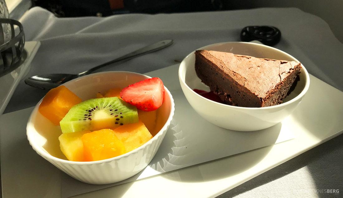 British Airways Club World Seoul London dessert middag