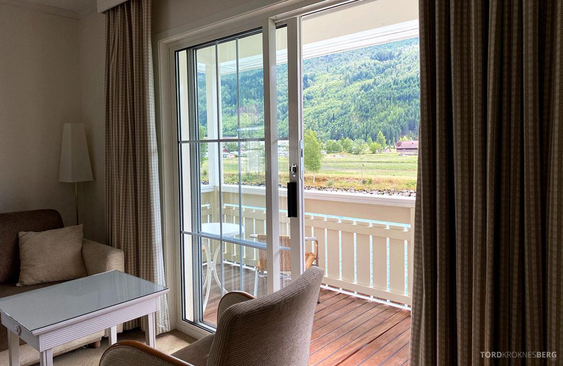 Hotel Loenfjord Stryn mot balkong
