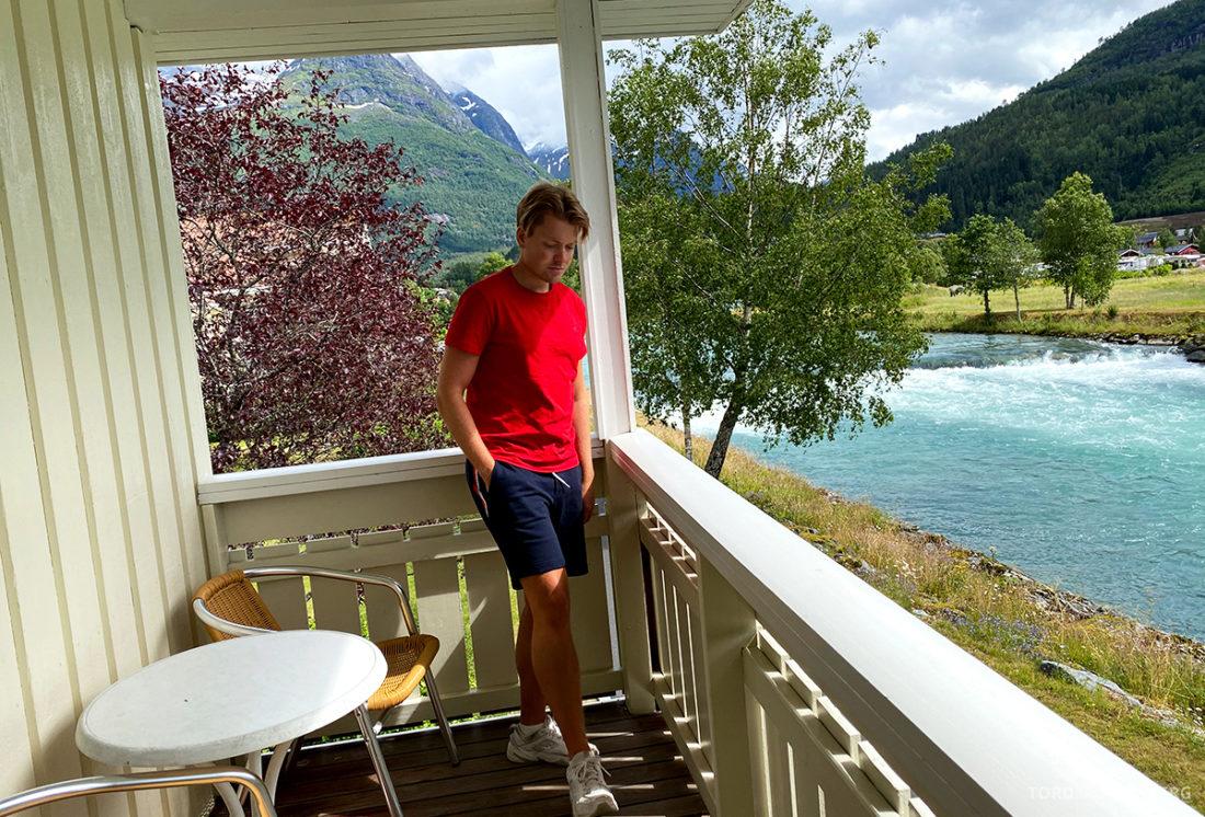 Hotel Loenfjord Stryn Tord Kroknes Berg balkong