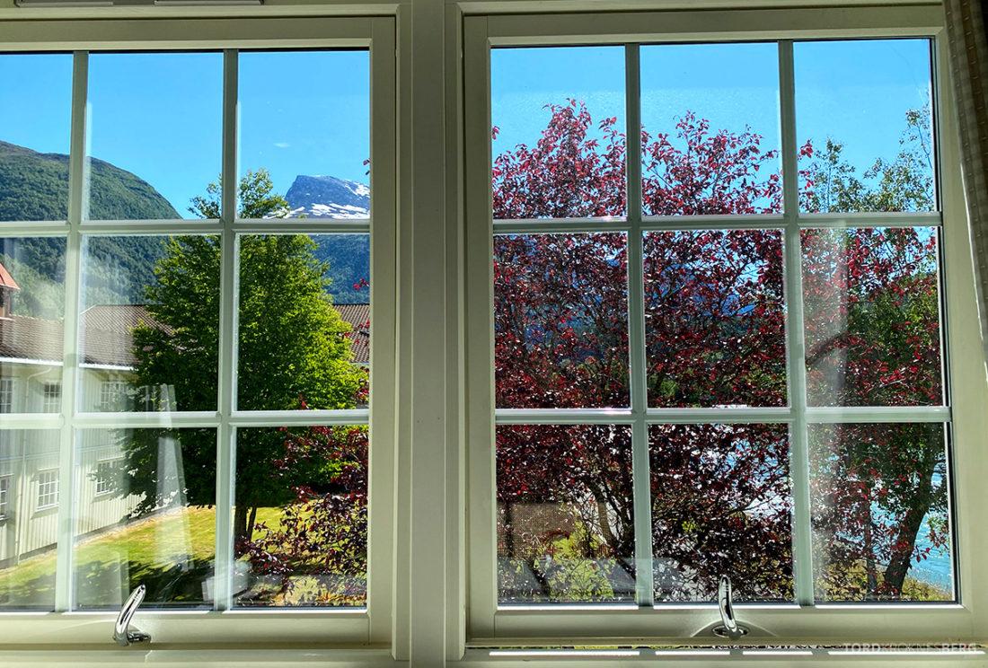 Hotel Loenfjord Stryn utsikt værelse