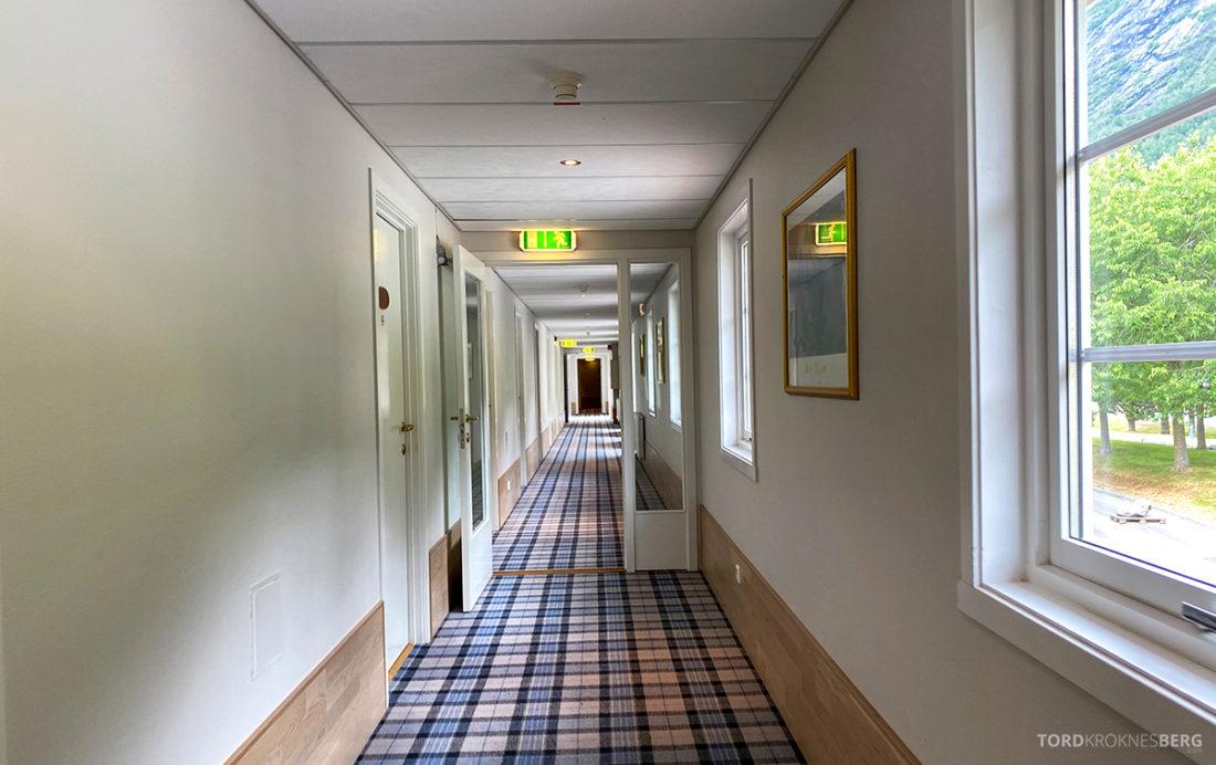 Hotel Loenfjord Stryn korridor