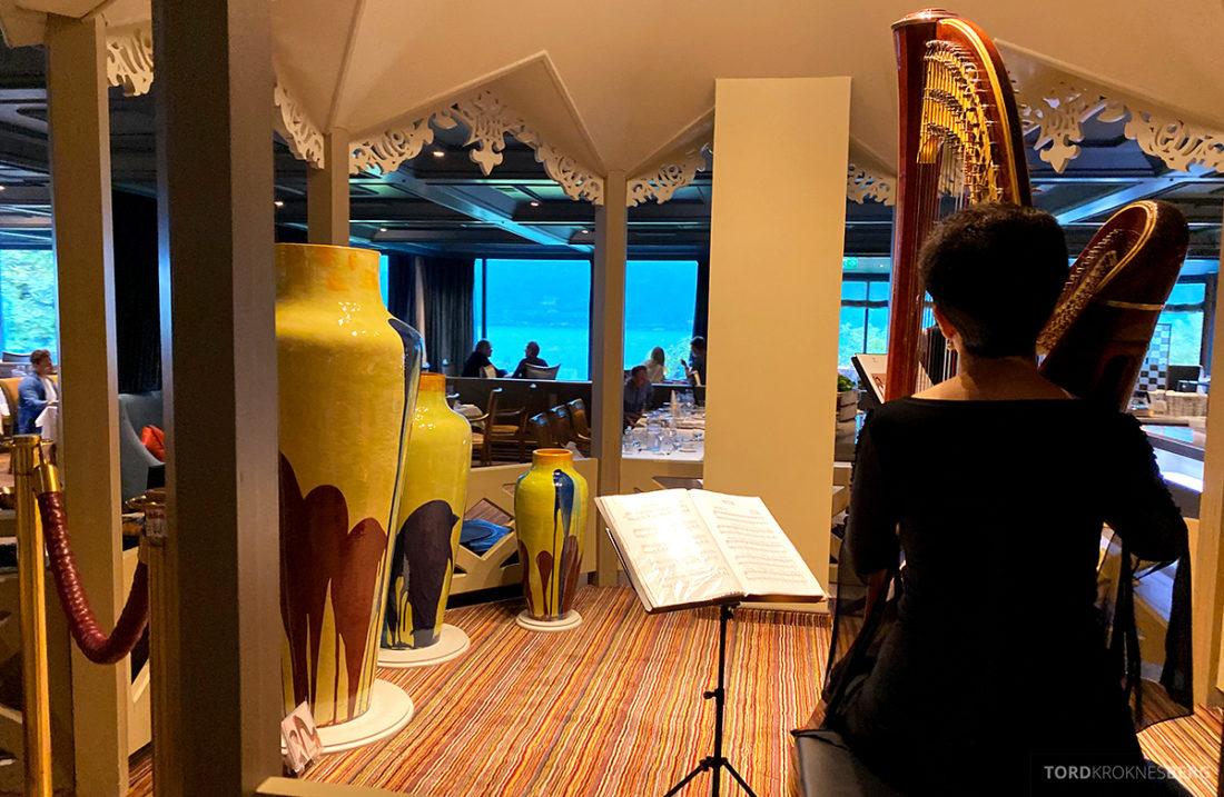 Hotel Ullensvang Hardanger Norge restaurant harpe