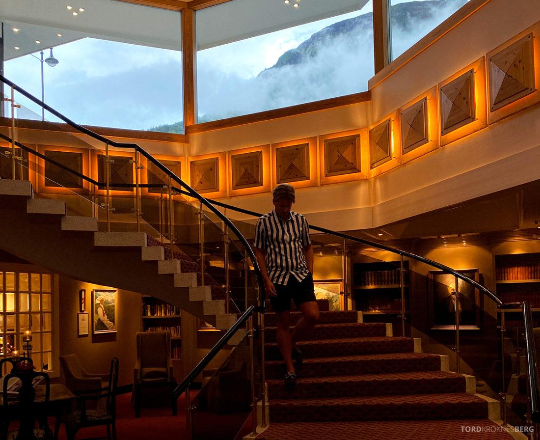 Hotel Ullensvang Hardanger Norge Tord Kroknes Berg trapp