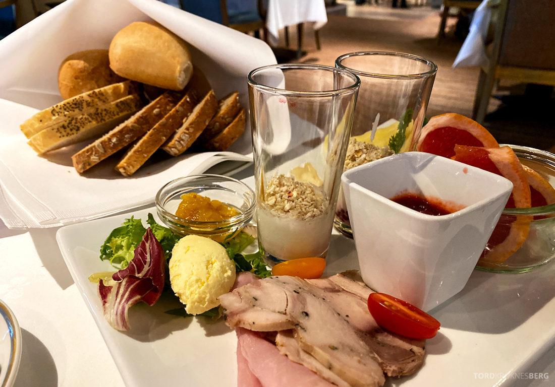 Hotel Ullensvang Hardanger Norge frokost detalj