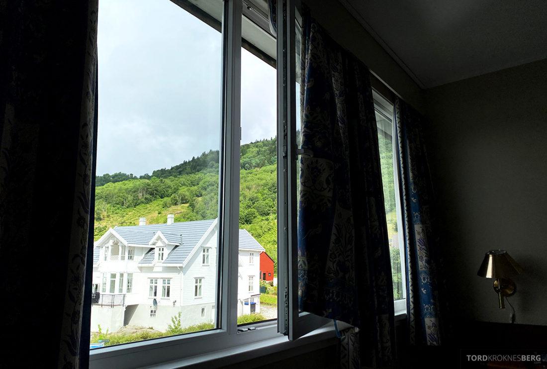 Leikanger Fjord Hotel utsikt værelse