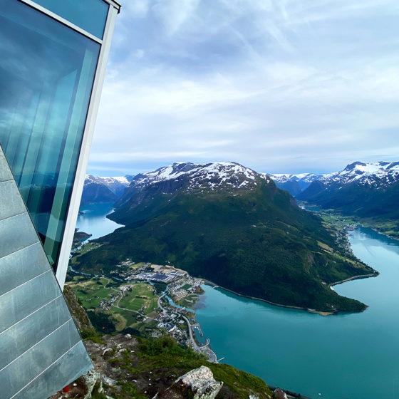 Loen Skylift Hoven Restaurant utsikt