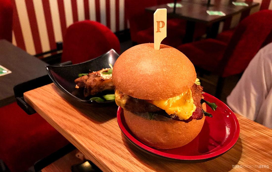 Pincho Nation Restaurant Oslo burger