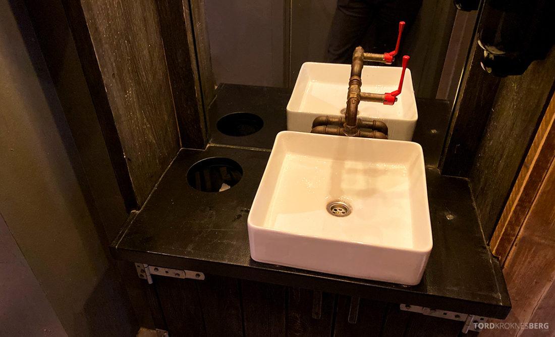 San Francisco Bread Bowl Restaurant Oslo toalett