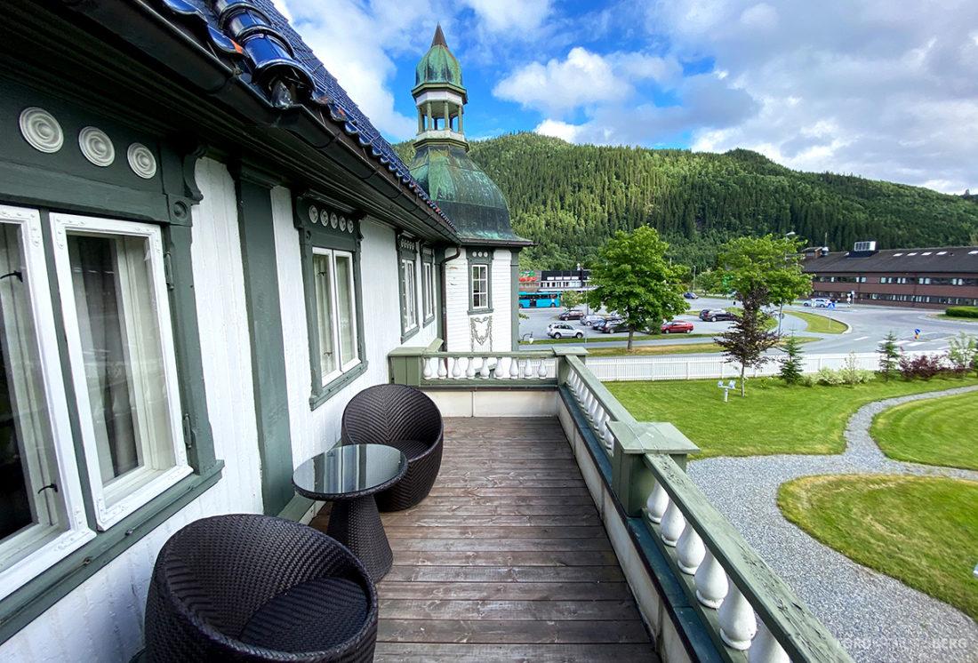 Bårdshaug Herregård Hotel Orkanger balkong kongerommet