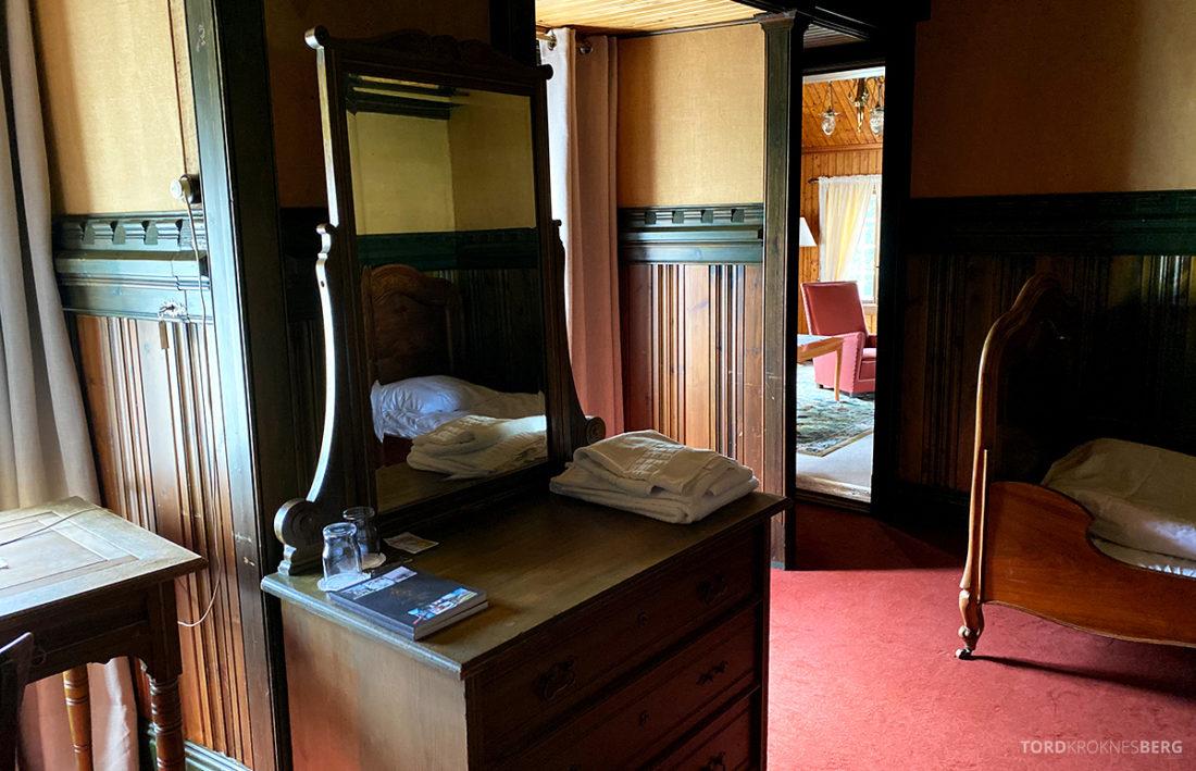 Bårdshaug Herregård Hotel Orkanger pikeværelset