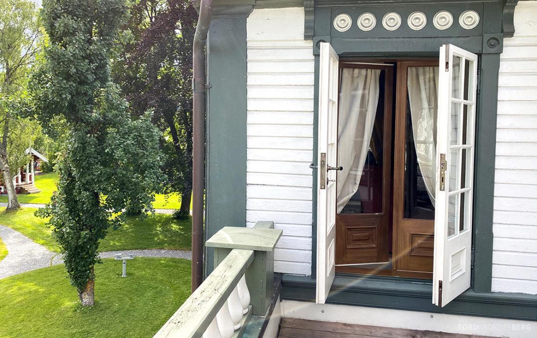 Bårdshaug Herregård Hotel Orkanger dør balkong