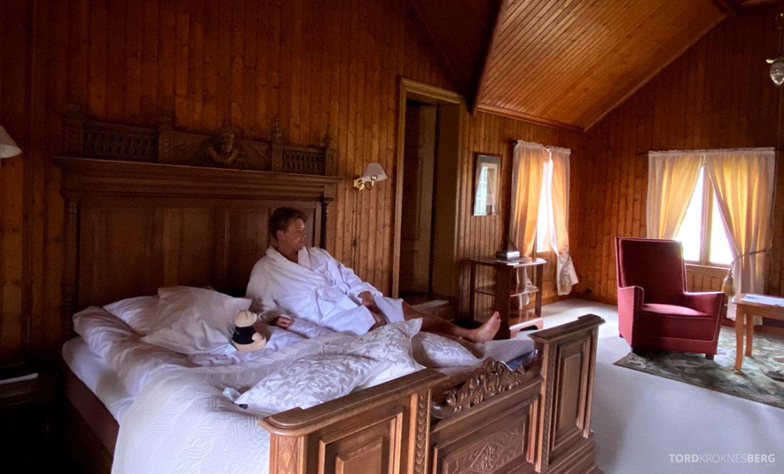 Bårdshaug Herregård Hotel Orkanger seng Tord Kroknes Berg