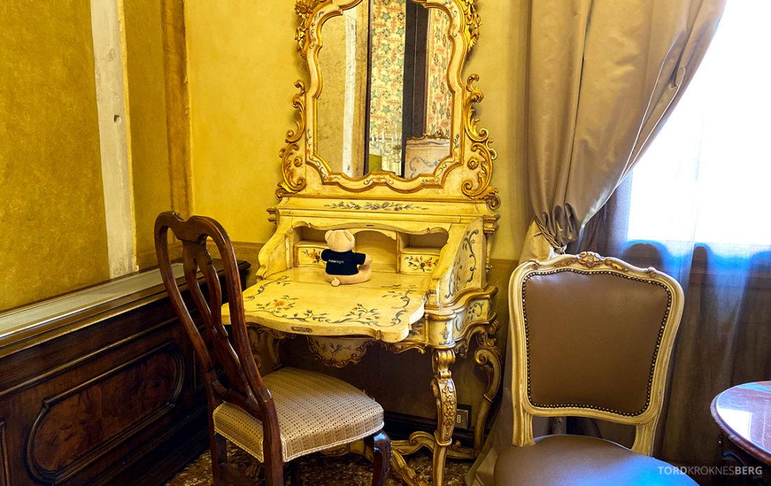 Grand Hotel Dei Dogi Venezia sminkebord
