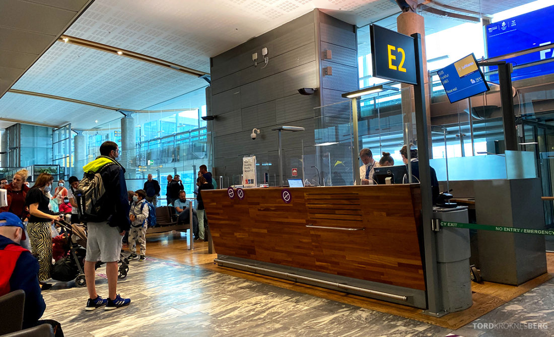 Lufthansa Economy Business Class Covid19 gate Gardermoen