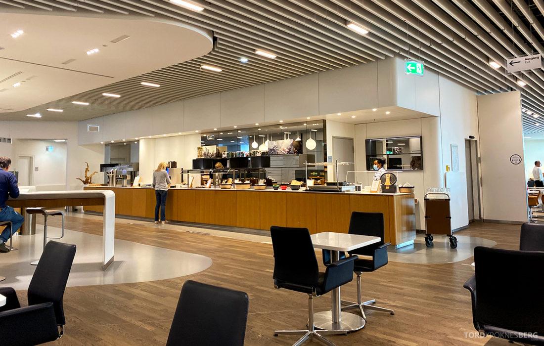 Lufthansa Senator Lounge Frankfurt Covid19 oversikt buffet