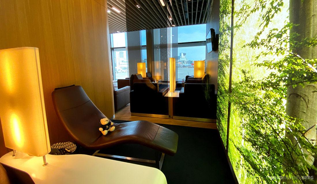 Lufthansa Senator Lounge Frankfurt Covid19 lenestol
